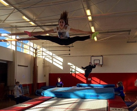Brilliant_Club_Trampolining2.jpg